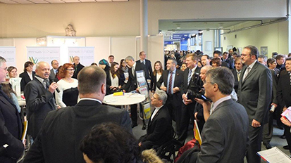 exhibition stand »Welcome to Saxony – Immigration and labour market«